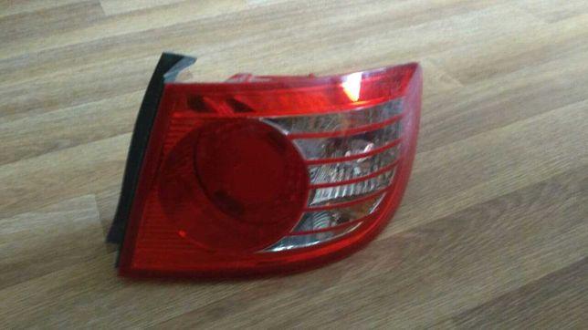 задний фонарь правый Hyundai Elantra 2004