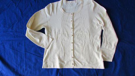 sweterek kremowy M nowy