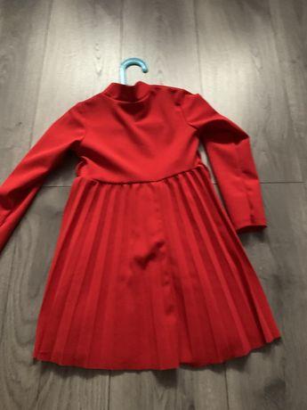Sukienka czerwona roz 110