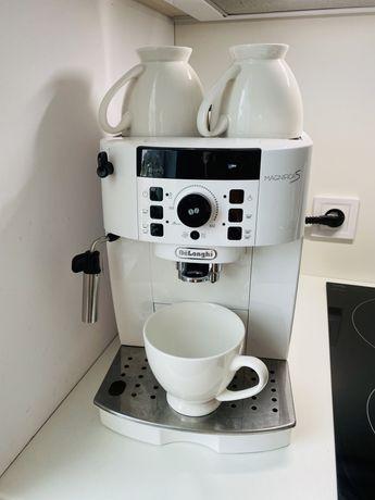 Ekspres do kawy Delonghi Magnifica S
