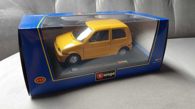 1:24 Bburago Nowy FIAT 500 CINQUECENTO Sporting , Rarytas