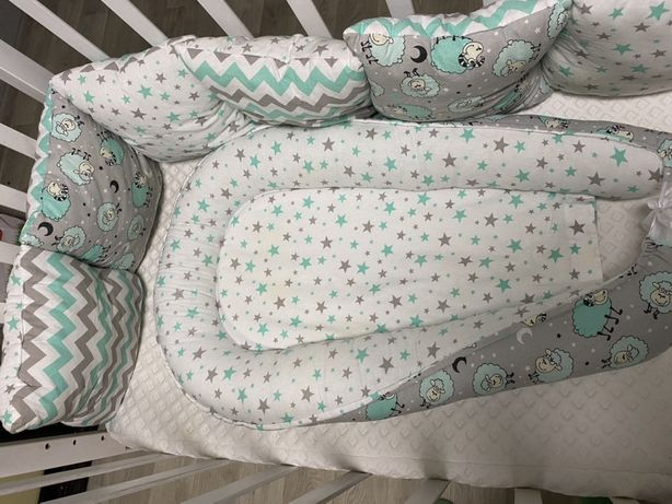 Кроватка, кокон с падушечками
