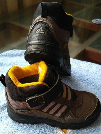 Ботинки деми Adidas р. 24, 150 грн