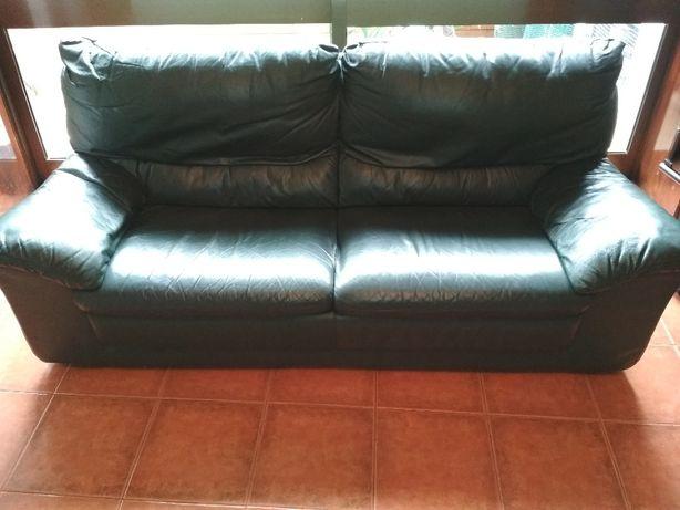 Sofa em pele genuina+puf
