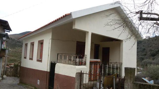 Casa na Aldeia (Oportunidade única!).