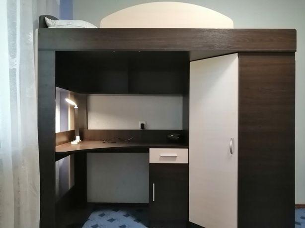 Кровать-чердак(кровать, стол, шкаф) детская + матрас