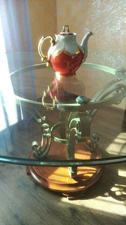 Стол из каленого стекла