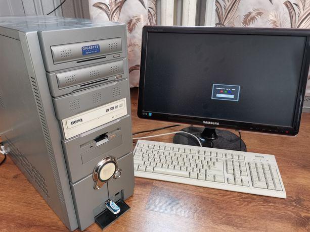 Продам комп'ютер компьютер world of tank тягне!