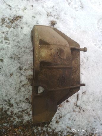Колокол с двигателя кожух сцепления Газ 69 Победа М 20