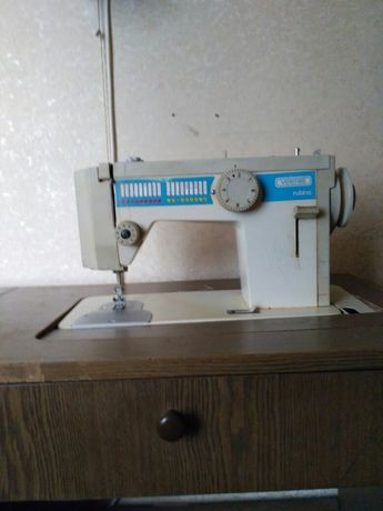 Швейная машинка Veritas rubina