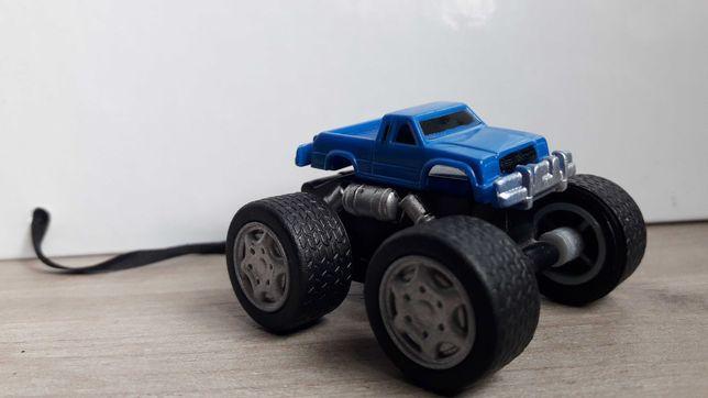 Hot wheels samochodzik
