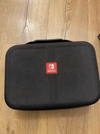 Oryginalna walizka kuferek nintendo switch v1 i v2
