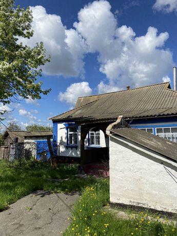 Продається будинок в селі Шарки