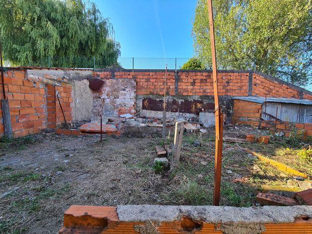 Vendo moradia para restaurar em sao joao da madeira