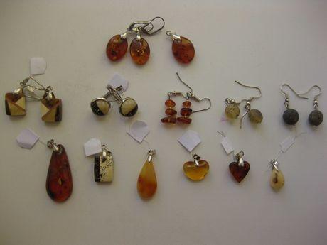 Серьги и кулоны из натурального янтаря - одним набором. Можно отдельно