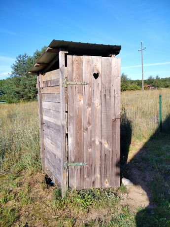 Latryna wc toaleta na budowe