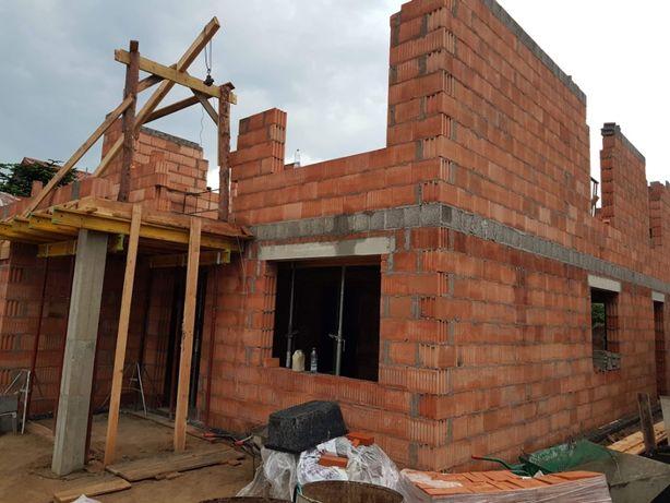 Budowa domu, Stan Surowy, Budowa domu od podstaw
