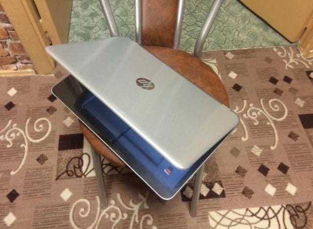 Продам ноутбук HP 15-e025sr