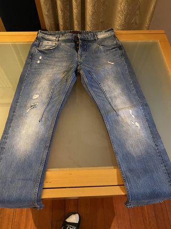 Calças Zara