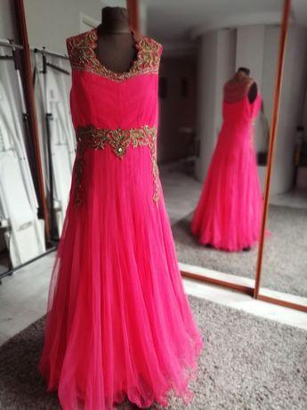 Suknia tiulowa w rozmiarze xl