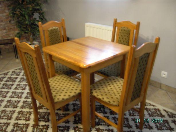 Drewniany sosnowy stół - 4 krzesła