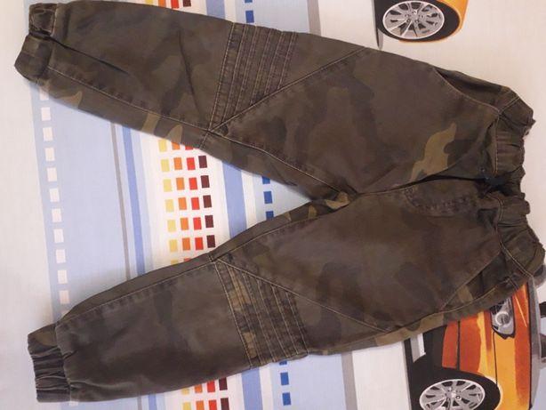 Камуфляжные котоновые штанишки