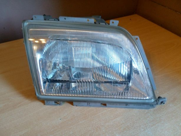 Mercedes sl r129 Bosch lampa reflektor prawy Europa