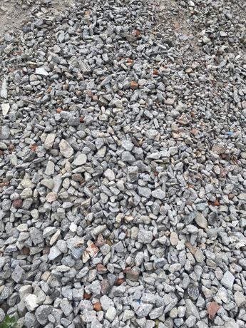 Sprzedam kruszywo gruz piach żwir czarnoziem