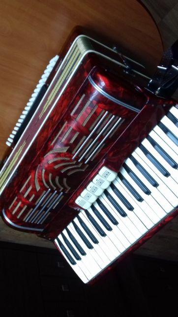 Sprzedam akordeon STRADIWARI ancona ITALIA MUSETTE 120bas 4chory