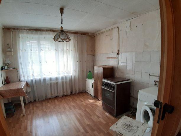 Просторная 4-х комн квартира с автон. отоплением + капитальный гараж