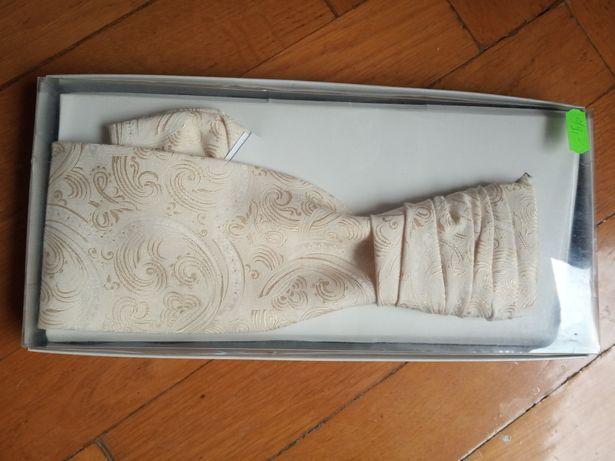Złota krawatka ślubna z butonierką (ok.25%ceny)