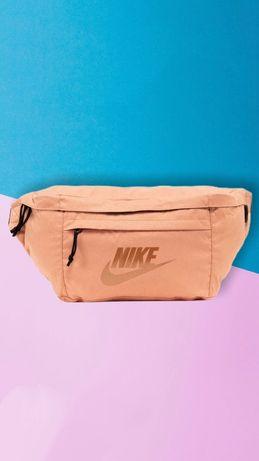 Оригинальная сумка бананка Nike Tech Hip pack carhartt