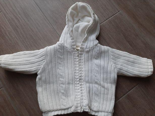 Biały sweter na polarze ocieplany rozmiar 68
