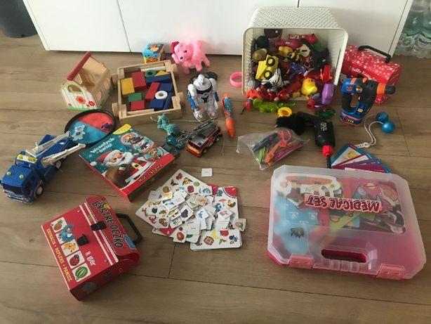 zestaw super fajnych zabawek robot samochody, puzzle, klocki drewniane