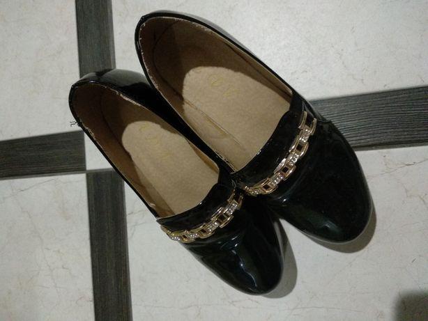 Туфлі жіночі 36 розмір