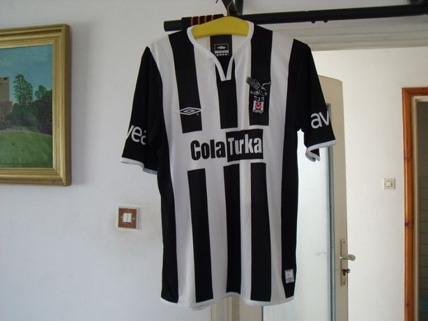 Koszulka piłkarska Besiktas marka UMBRO