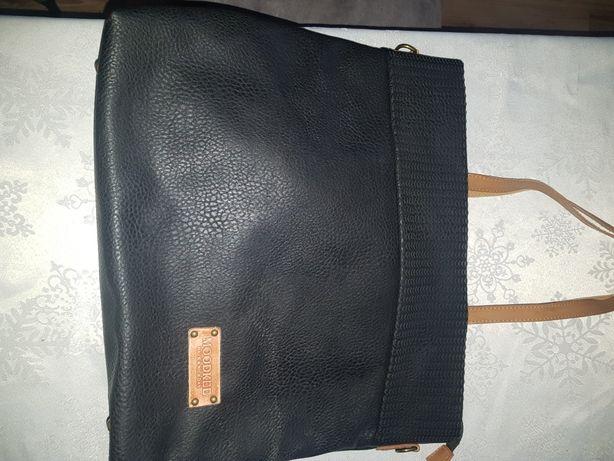 Włoska torebka czarna