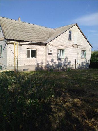 Продам  2 эт дом в Светловодске