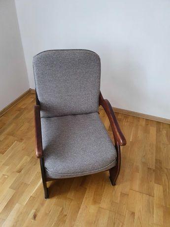 Fotel materiałowy oddam