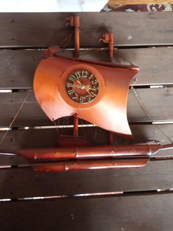 Zegar statek żaglowiec z naturalnej skóry z PRL