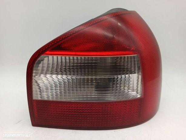 Farolim Drt Painel Direito Audi A3 (8L1)