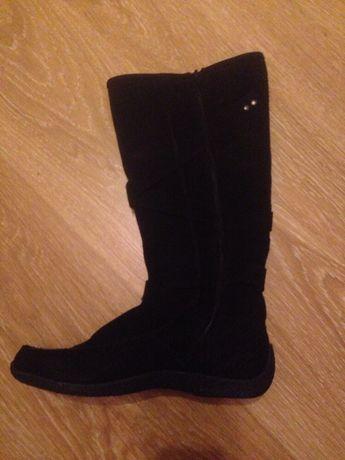 Новые замшевые деми сапоги, ботинки 38 размер