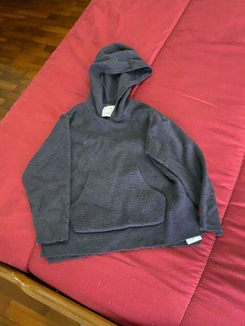 Camisola quentinha com capuz