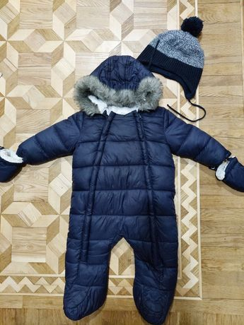Продам детский зимний комбинезон на мальчика 6-9мес. Фирмы F&F. 700грн
