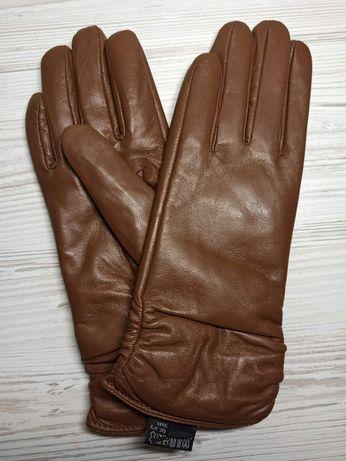 Перчатки кожаные женские. Отличное качество цвет хаки18-18.5 см обхват