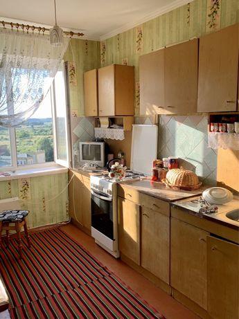 Продам 5-ти кімнатну квартиру Квасилів .Терміново .