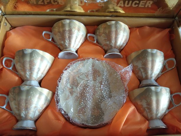 Чайний сервіз Peach (12 предметів) на 6 персон
