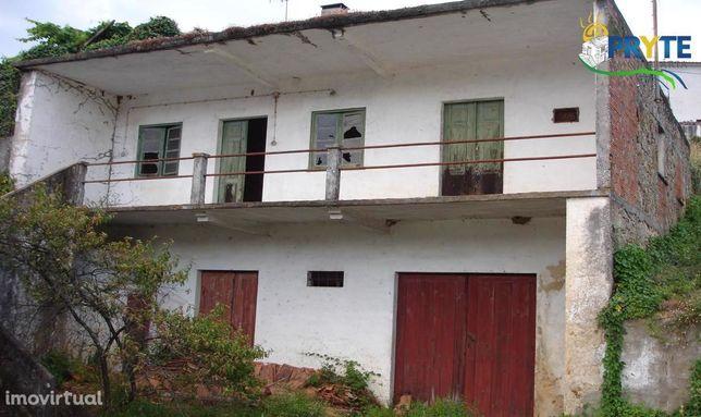 Moradia situada em Ana de Aviz - Figueiró dos Vinhos