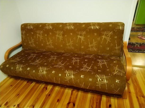 Łóżko-prawie nowe ,wersalka rozkładana + dwa fotele i ława gratis