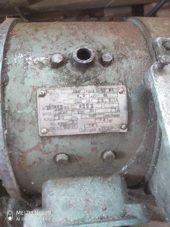 Електродвигатель постоянного тока П-42 4,5 кВт